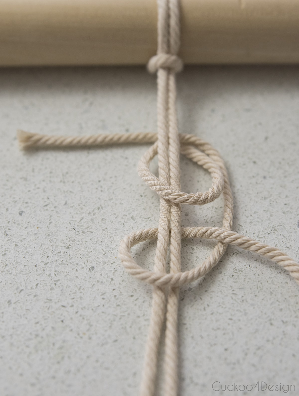 double half hitch knot or vertical clove hitch knot for macrame planter
