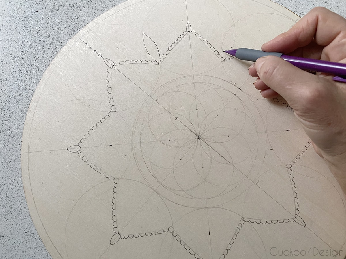 Create a star shape with the overlapping circles