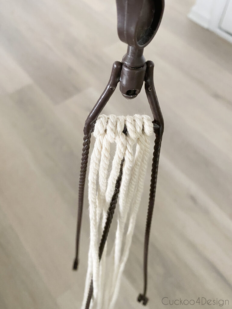 looping yarn to plastic hook