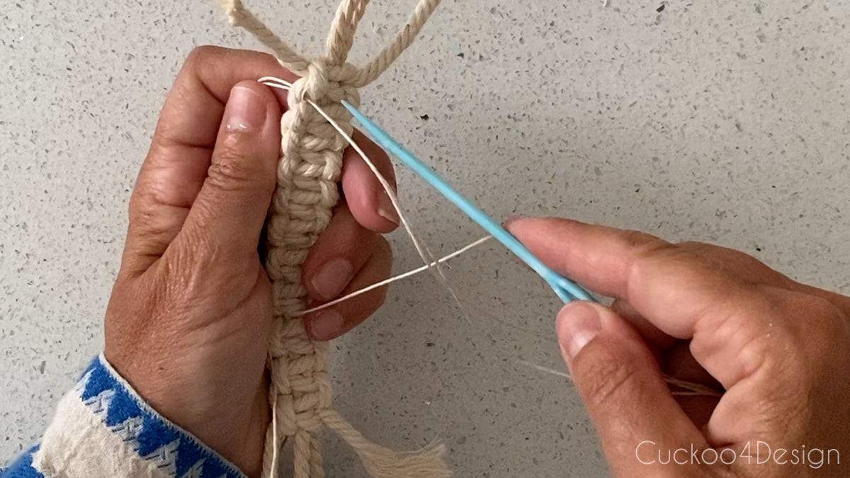 looping the hemp cord
