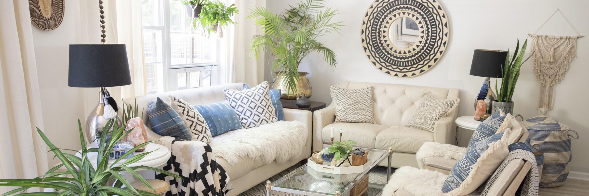 homeslider-livingroom