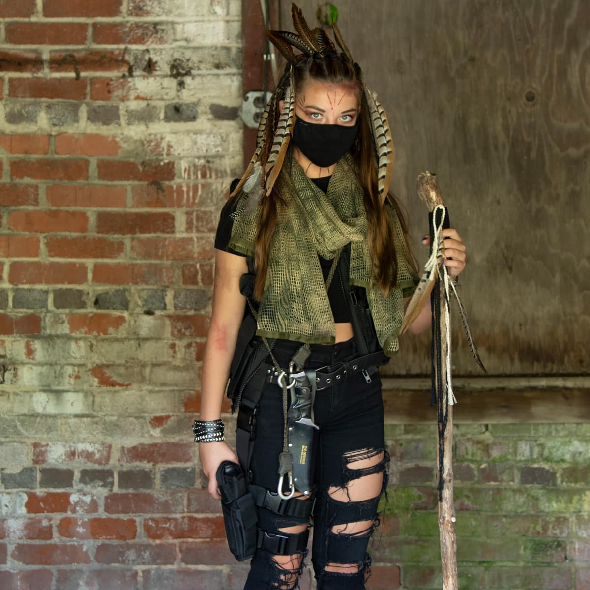 DIY post apocalyptic costume for girls