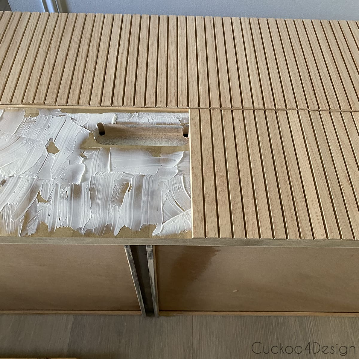 aligning fluted molding on drawers