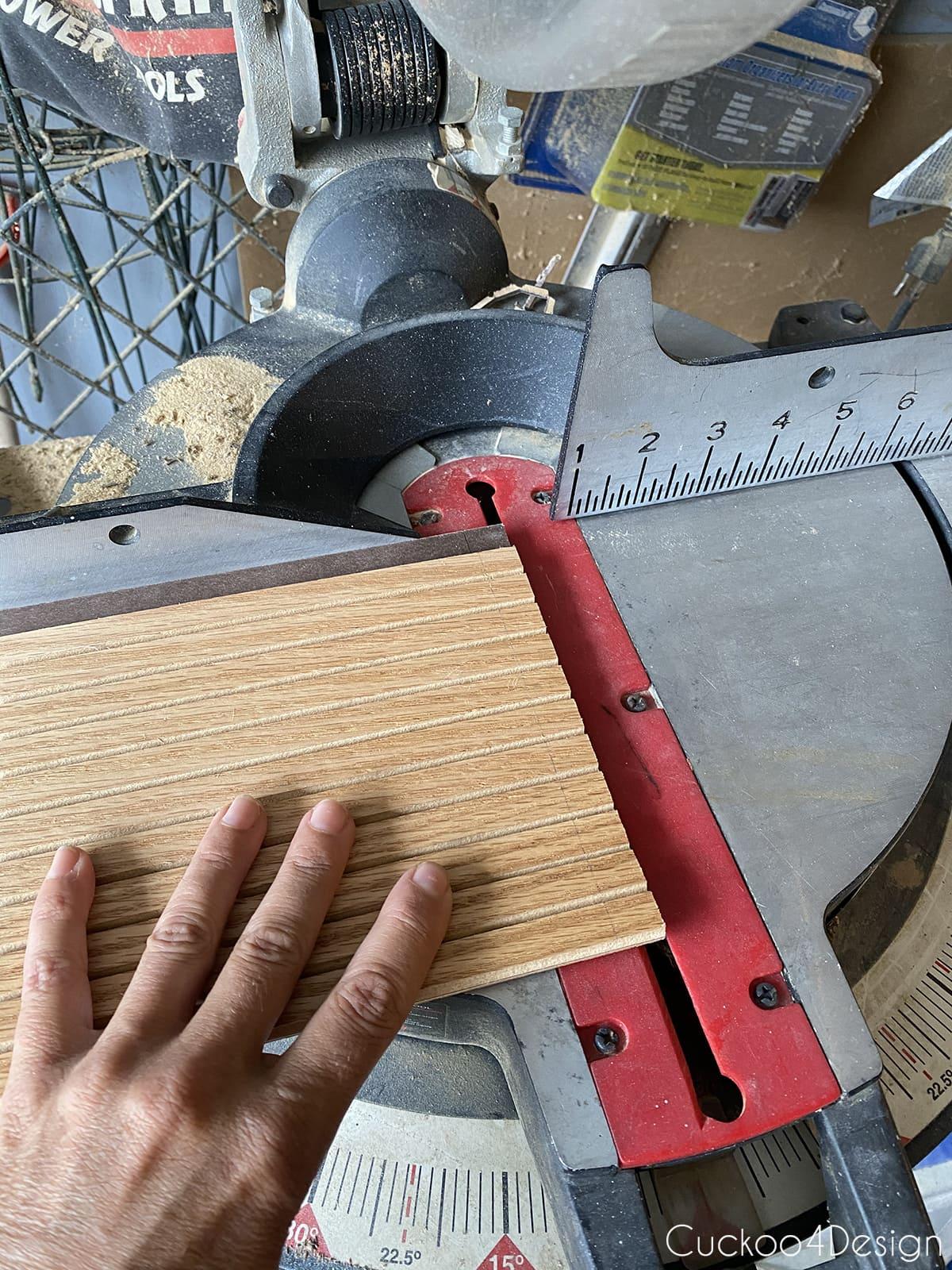 how to cut pole wrap flat