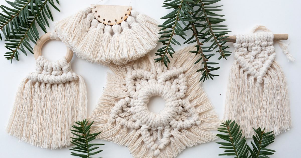 How to make Christmas ornaments with macrame yarn