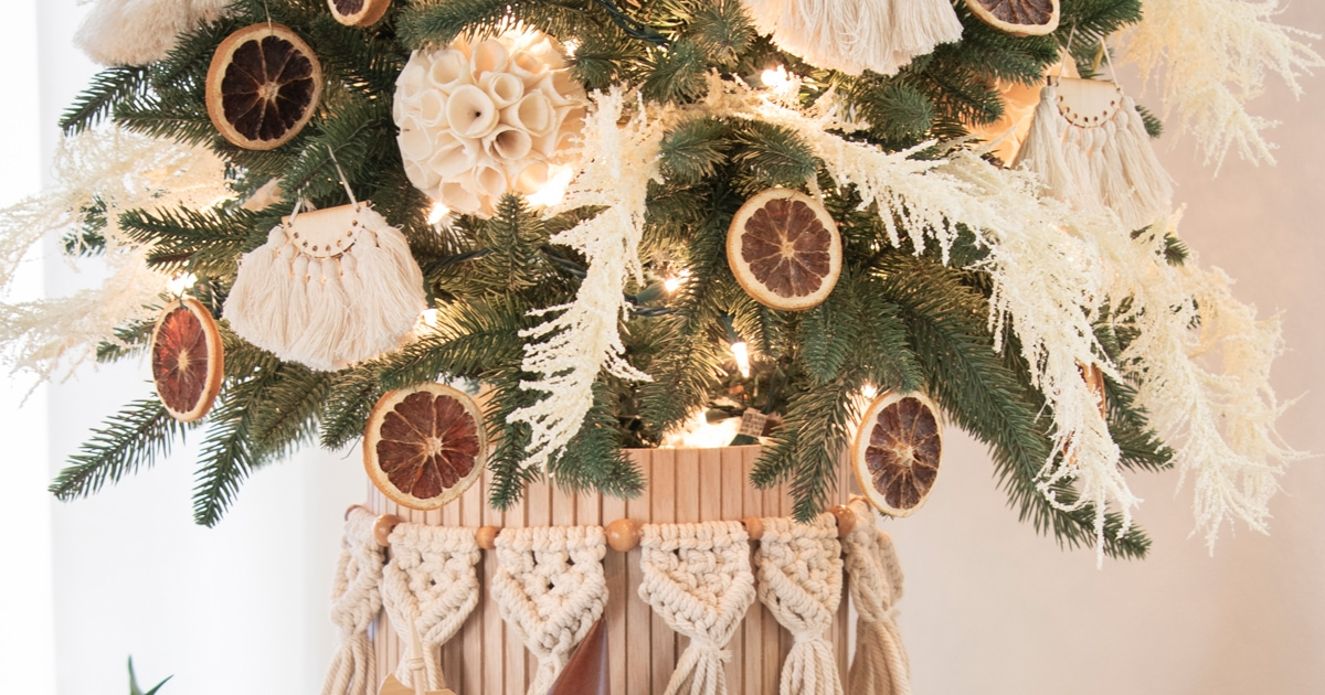 Neutral Boho Christmas Tree With Macrame Grasses And Orange Slices Cuckoo4design